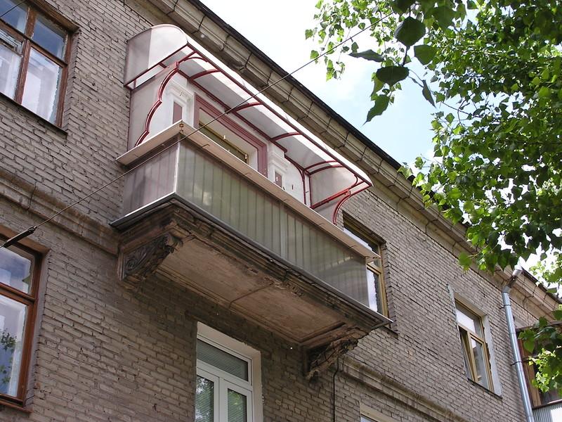 Навесы на балкон фото..